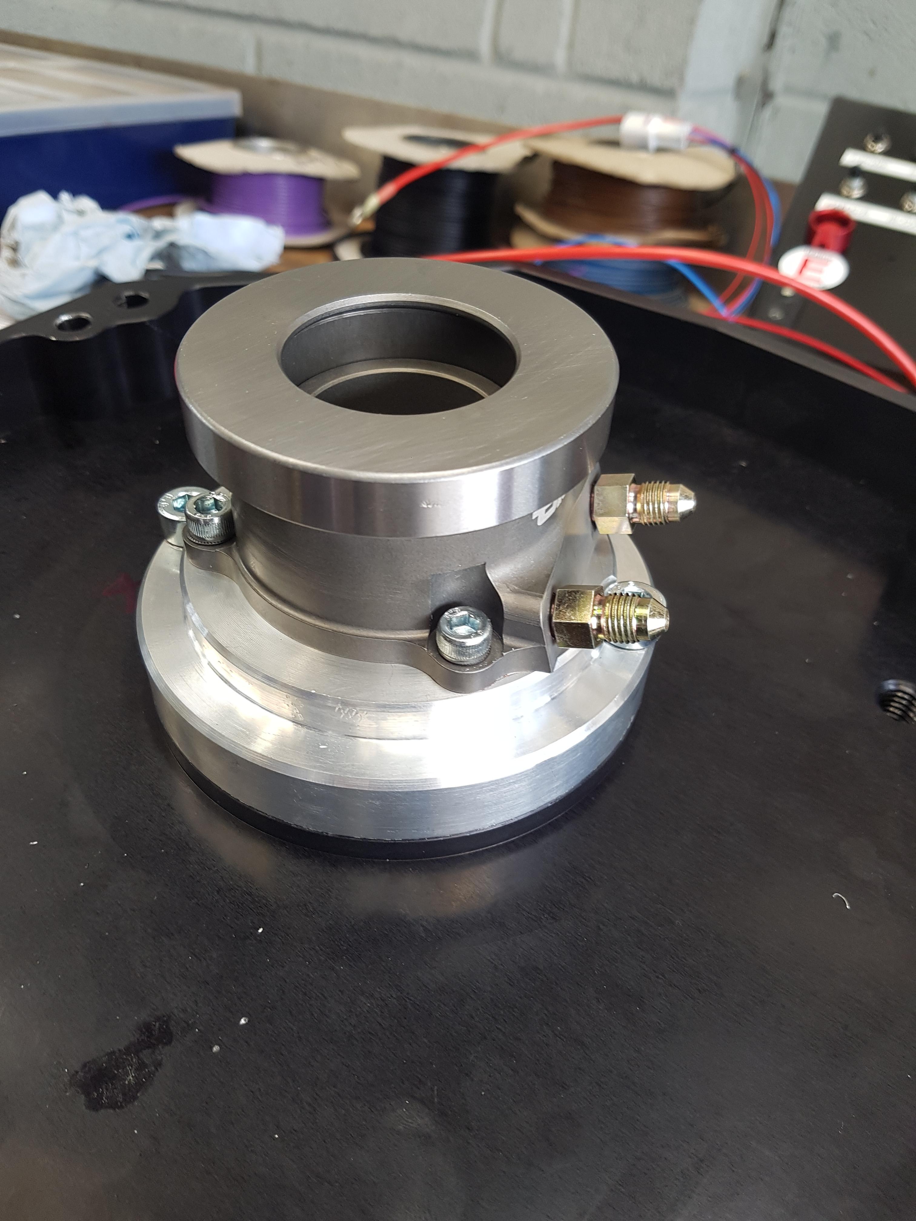 hyd bearing base plate